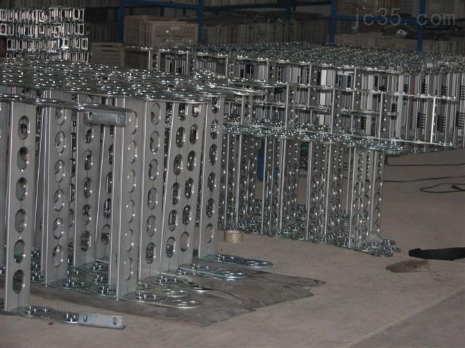 酒钢宏兴钢制拖链供应商