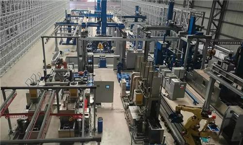 港機行業國內首條行走臺車數字化裝配線投入試生產