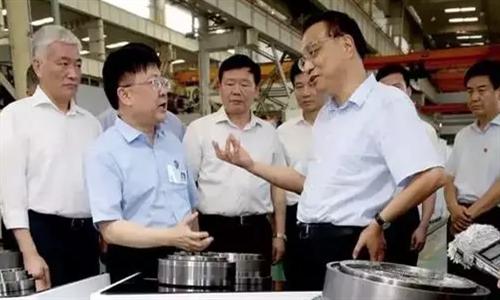 秦川机床董事长龙兴元登上中国政府网微信号封面